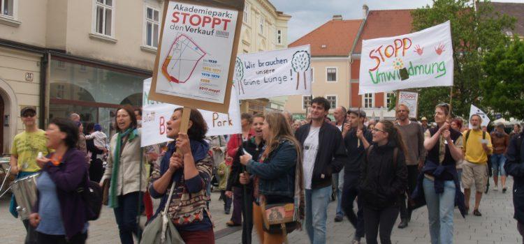 Kundgebung für den Akademiepark